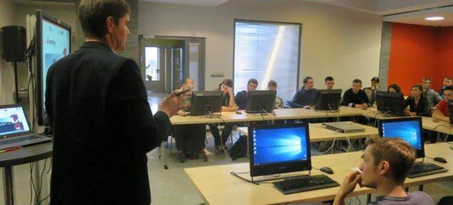 """Zajęcia  dla studentów PSW z zakresu """"Systemów integracji i e-commerce."""""""